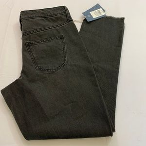 Universal Threads Size 14 Black Wash Straight Le